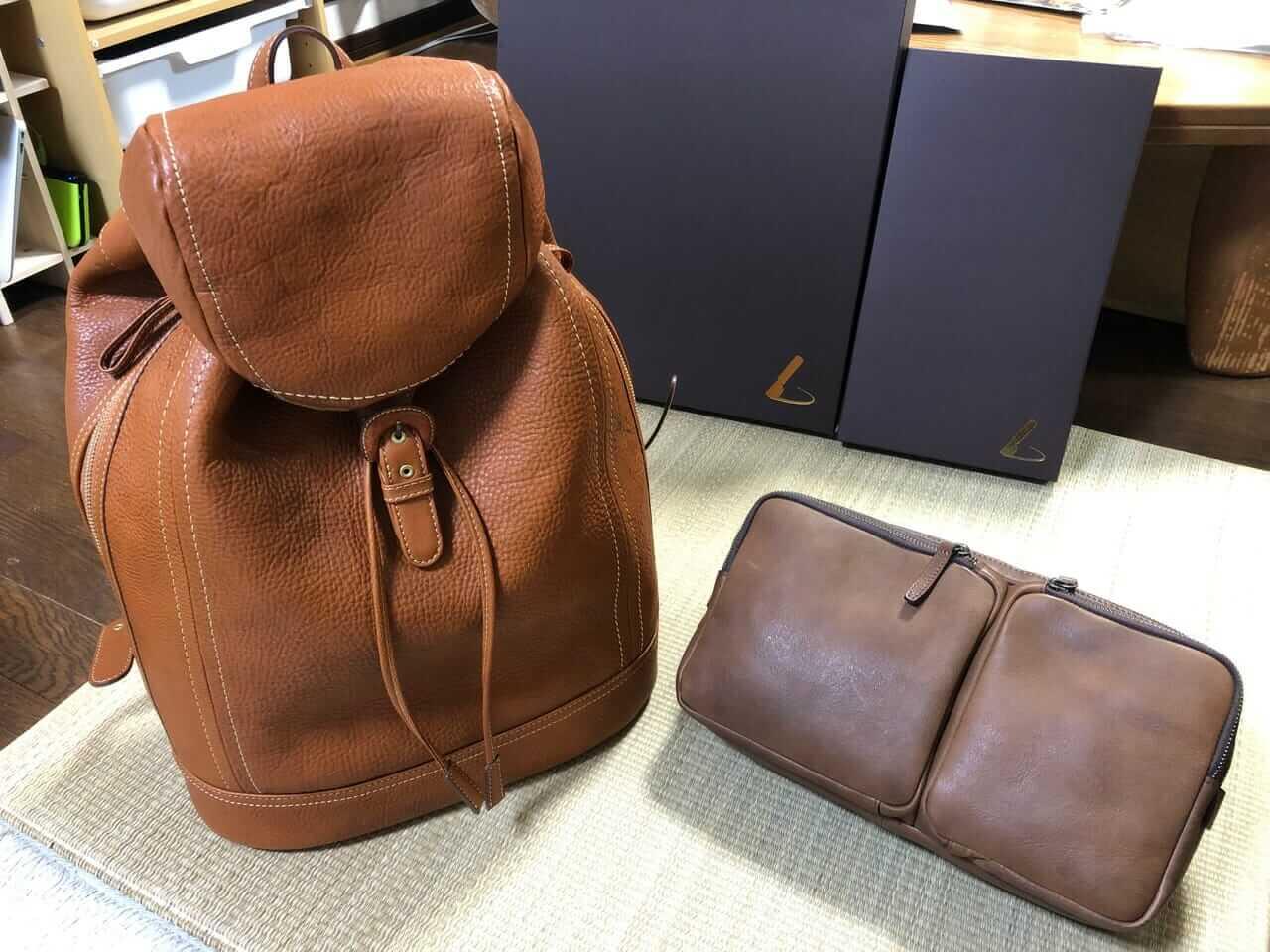 「土屋鞄」ソフトバックパックとトリジップボディーバッグ